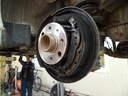 G-Astra-hátsó-fékdobok-leszerelve-tisztítás-közben, utószerviz, autójavító, autójavítás: Budapest, XIII ker, 13. kerület, Angyalföld - 1024x768 pixel - 197757 byte