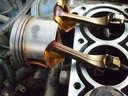 Suzuki-Swift-1.3-G13BB-dugattyúk-kiszerelése-gyűrűzése-dugattyúgyűrű-garnitúra-csere-autószerviz, autójavító, autójavítás: Budapest, XIII ker, 13. kerület, Angyalföld - 640x480 pixel - 108698 byte