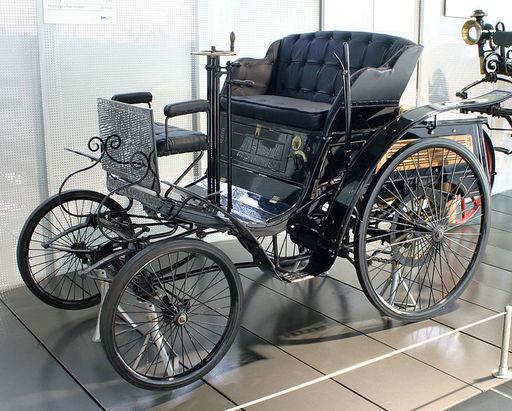 Karl-Friedrich-Benz-1896-Velo (1894) az első versenyautó - 747x599 pixel - 170973 byte