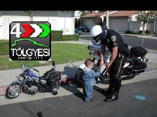 Rendőr-igazoltat-nem-magyar-műszaki-vizsga-vizsgáztatás-XIII-13-kerület - 320x240 pixel - 23747 byte