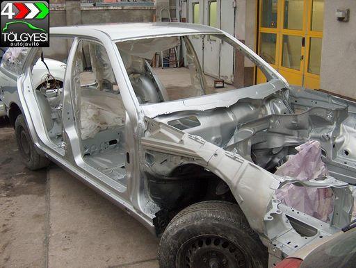 Teljes-külső-belső-autó-fényezés-autószerviz, autójavító, autójavítás: Budapest, XIII ker, 13. kerület, Angyalföld - 1020x768 pixel - 229675 byte