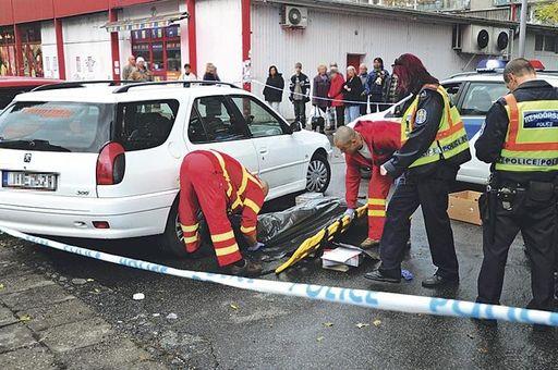 Halálos-autójavítás-autó-javítás-autószerelés-autó-szerelés-szervizelés-az-utcán-autószerviz, autójavító, autószerelő: Budapest, XIII ker, 13. kerület, Angyalföld - 705x468 pixel - 108175 byte