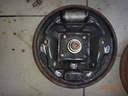 Hátsó-tengely-dobfék-rendszert-tartó-tárcsára-szerelt-munkahenger-kerékfékhenger-Autószerviz, autójavító, autójavítás: Budapest, XIII ker, 13. kerület, Angyalföld - 1024x768 pixel - 248253 byte